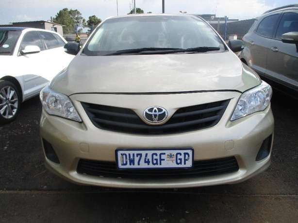 Toyota corolla 1.3 professional, 5-Doors, Factory A/c, C/d Player. Johannesburg CBD - image 4