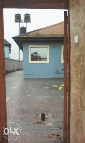 Standard and executive 3bedroom flats to let at eneka in port Harcourt Port Harcourt - image 4
