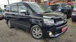 Toyota Voxy Valvematic, Black,Year 2010,(KCL), 2000cc Petrol , Automat