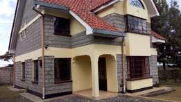 a 4 bedroomedmaster ensuit maissonette to let in ngong town