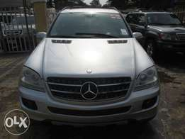 Very Clean Mercedes Benz ML350, 08 Tokunbo