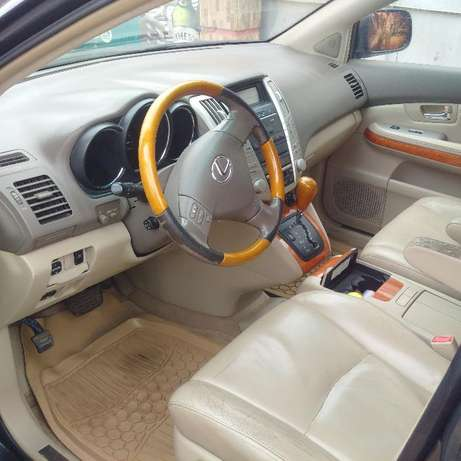 Just Registered 2004 Lexus RX300 (NAVIGATION/REVERSE CAMERA) Ikeja - image 5