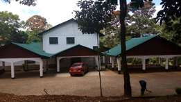 Muthaiga 5bedroom double story house for rent