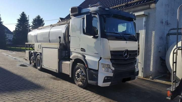 Mercedes-Benz Actros 2548 BM 963 3-Achser M 963 OM471 6x2 Fg - 2015