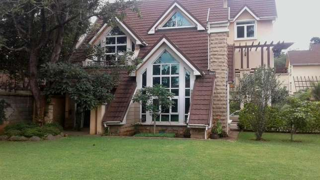 A 5 bed townhouse all en-suite with SQ for rent in Lavington Lavington - image 7
