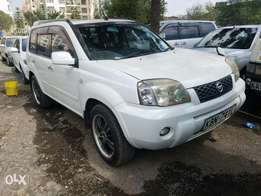 Nissan Xtra IL fully loaded,buy and drive