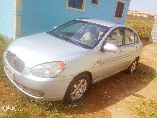Very Clean Hyundai Accent 2008 for urgent sale. cool a/c Buy and Drive Abuja - image 1