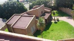 3bedroom freestanding house in highveld park available 1st july