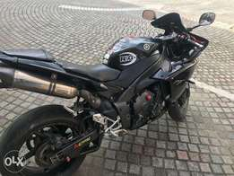2012 Yamaha YZF-R1 Sports Bike