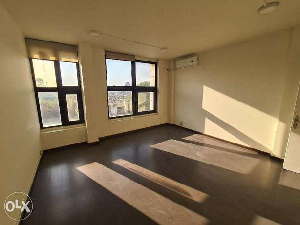 Premium office (2 rooms) in central location
