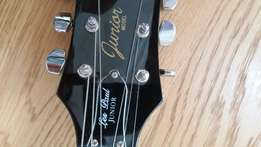 Les Paul electric guitar + learn how to play Xbox 360 game