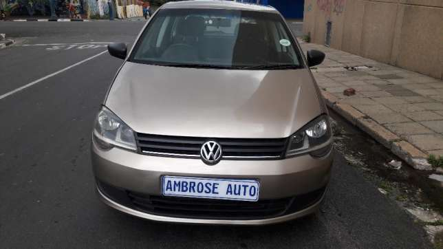 2015 Volkswagen Polo Vivo 1.4i is available Johannesburg CBD - image 3