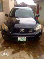 Toyota RAV4 2008 model