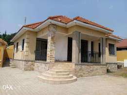 A bungalow with 4bedrooms on sale in kireka-kamuli road at 350m