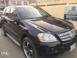Black Mercedes Benz ML350 thumbstart buy and use 08'