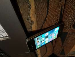 Apple iPhone 4s 16gb black and silwer for sale