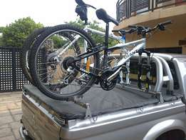 Bicycle rack for bakkies