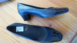 Ladies brand new shoes for sale