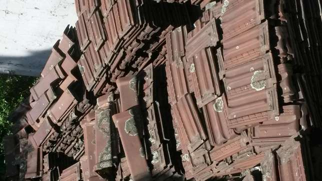 Marseilles roof tiles and ridging, plus minus 4000 available Moore Road - image 2