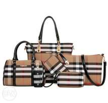 Burberry 6 in 1 leather hand bag