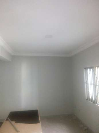 Tastefully built 3 bedrooms apartment for letting in Oluyole estate Ibadan South West - image 3