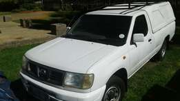 Nissan NP300 Long Wheel Base Bakkie Complete with Canopy