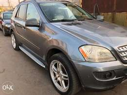 Extremely Mercedes Benz ML350 4MATIC