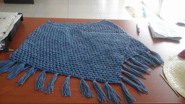 Summer and winter ponchos for sale Boksburg - image 5