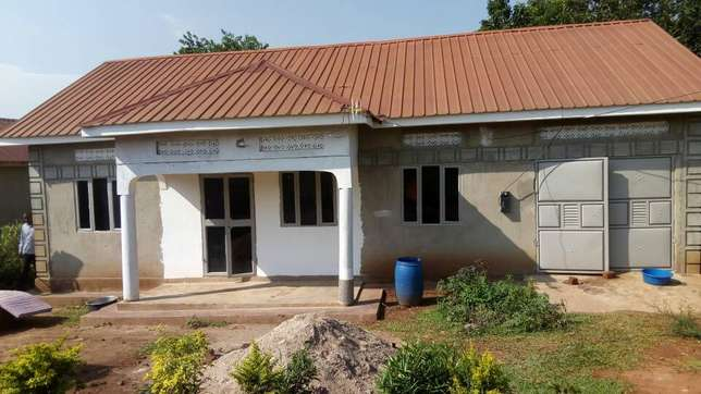Beautiful house seated on 10decimals for sale in Gayaza titled at 55m Wakiso - image 7