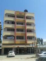 2 bed Apartment To let Nyali Cinemax