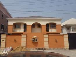 New 3 bedroom flat in Chevy view estate