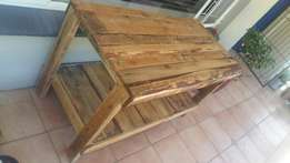 Rustic pallet table for sale
