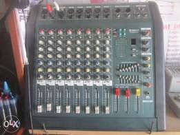 YAMAHA Professional Audio Power Mixer, 25k fixed