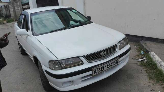 Excellent Nissan Sunny FB 15 Mbaraki - image 7