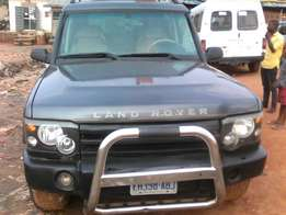 Neat Naija Used Land Rover Discovery At Give Away Price,