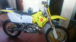 Suzuki 2006 Bike - Two-Stroke 250rm