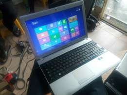 Samsung Notebook PC Dual Core 320gb/4gb 15 inch