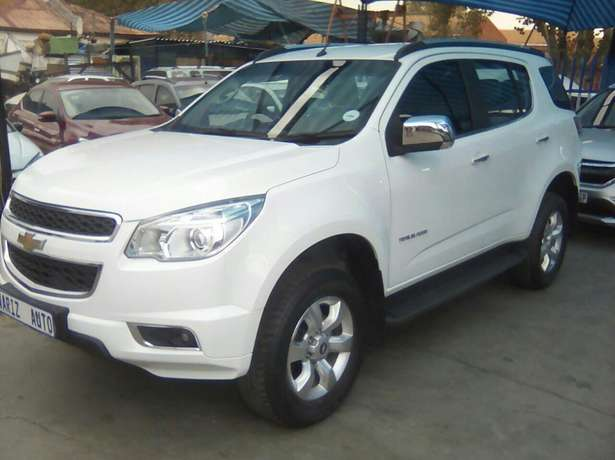 Chevrolet Trailblazer 2015 2.8LTZ Automatic very clean low millage Jeppestown - image 1