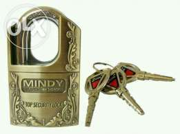 Mindy padlocks.