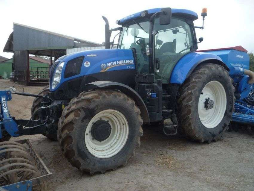 New Holland T7210 - 2013