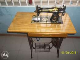 Skyfly sewing machine very new