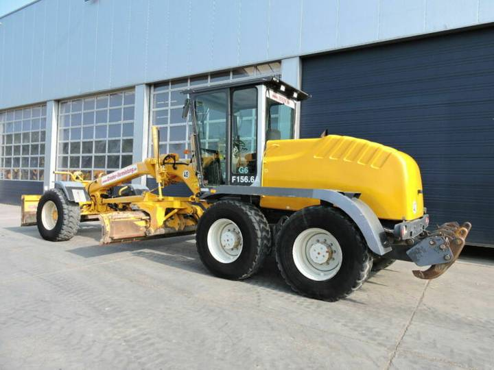 New Holland F156.6A - 2004