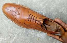 Light brown leather Brogues men shoe