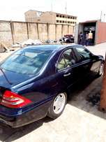 Quick sale for Just off loaded c200 non compressor benz