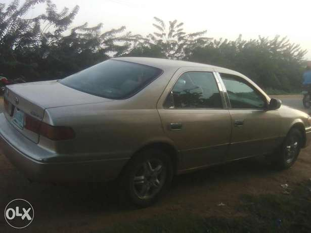 Toyota Camry Envelop, 2000 Model Iwo - image 5