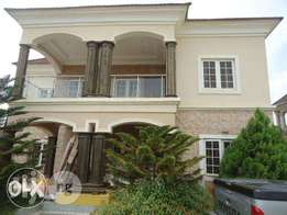 5 Bedroom Detach Duplex with BQ N95m
