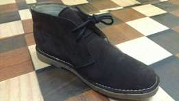 an APPETIZER made in GERMANY suede Chukka boot size 40(UK-6.5)