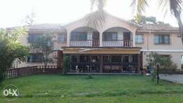 FULLY FURNISHED 5 bedroom maisonette at nyali beach