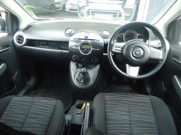 2011 Mazda 2 1.5 Dynamic Available for Sale Johannesburg - image 6