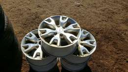 "5 X Wildtrak Rims 18"" and tyers"